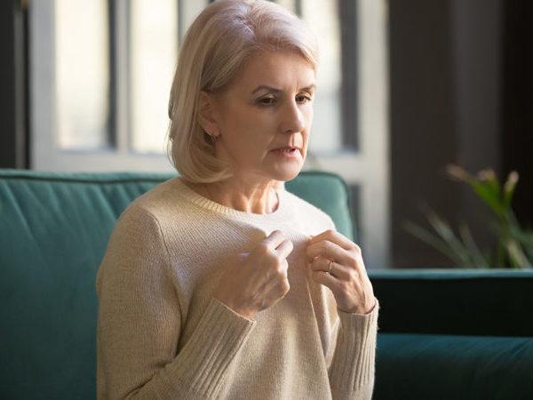 Εμμηνόπαυση: Τι προκαλούν οι νυχτερινές εξάψεις στη μνήμη
