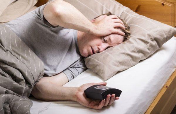 Εγκεφαλικά και καρδιακά συνδέονται με τον κακό ή δύσκολο ύπνο