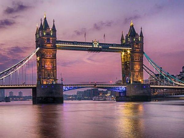 Tower Bridge: 10 εντυπωσιακές πληροφορίες που δεν γνωρίζατε