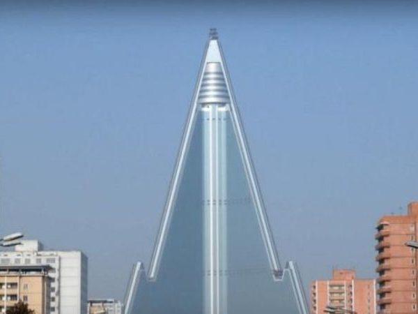 Βόρεια Κορέα: Αυτό είναι το ψηλότερο αχρησιμοποίητο κτίριο στον κόσμο!