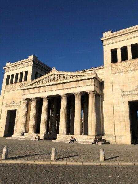 Προπύλαια του Μονάχου – Μνημείο της Ελληνικής Επανάστασης του 1821