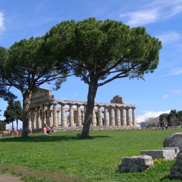 Τα Ερείπια Της Magna Grecia Αρχαία Ποσειδωνία (Paestum)