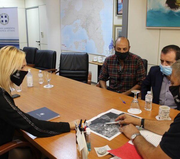 ΔΤ Ο Περιφερειάρχης Αττικής Γ. Πατούλης υπέγραψε προγραμματικές συμβάσεις συνολικού προϋπολογισμού 2,4 εκ. ευρώ για έργα οδοποιίας και υποδομών στην Περιφερειακή Ενότητα Νήσων
