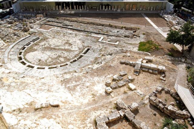 Αόρατα αρχαία στον Πειραιά