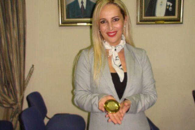 Ευχες απο την κ. Κορίνα Κομπολίτη σύμβουλος δημοσίων σχέσεων, και μέλος της καλλιτεχνικής επιτροπής της Κερκυραϊκής Πινακοθήκης,στο Σαλαμινιων ΒΗΜΑ