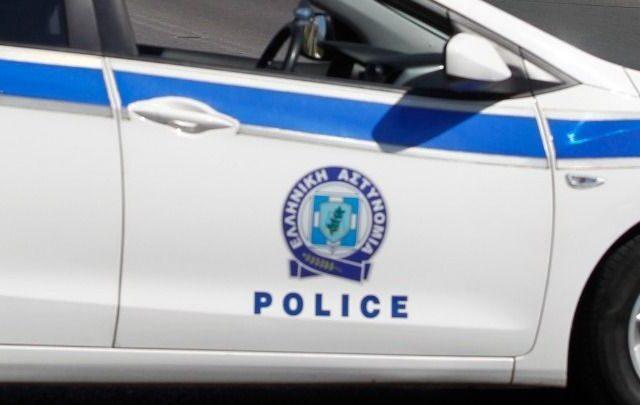 Βόλος: Τα λάστιχα 36 αυτοκινήτων έσκισε τη νύχτα ένας 60χρονος-Θα οδηγηθεί στον εισαγγελέα