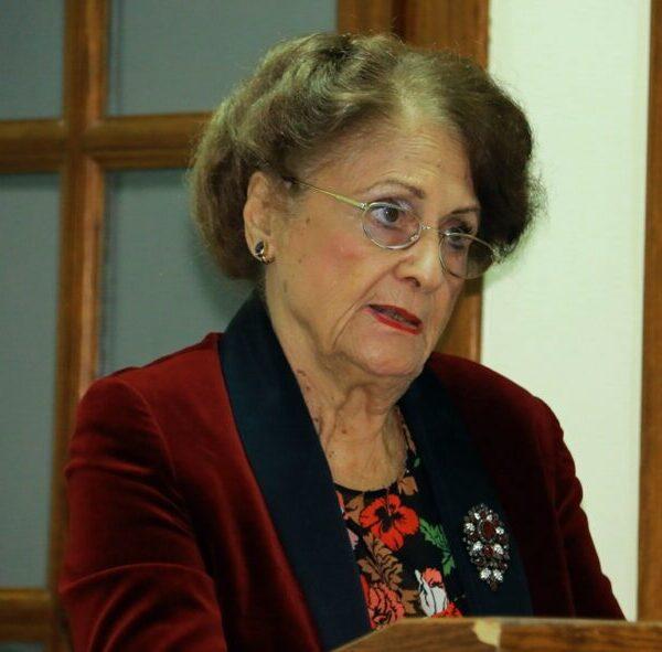 Μαρία Νεγρεπόντη – Δεληβάνη : Ύβρις μεγατόνων το συνέδριο προς τιμήν του Αλή Πασά στα Γιάννενα